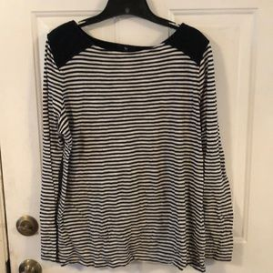 Gap striped shirt with quilted shoulders. Large